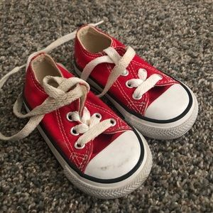 Red Baby Converse 🧯